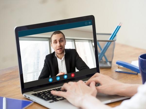 Comment réussir son entretien en ligne ? Coach emploi#5